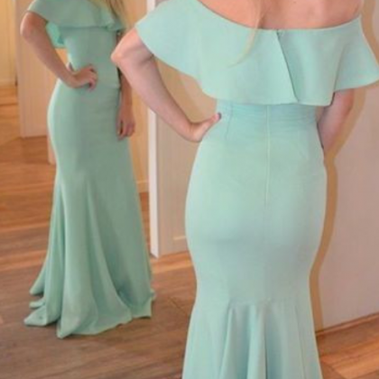 Custom Made Off the Shoulder Green ..
