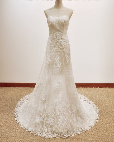 Strapless Sweetheart Ruched Empire A-line Wedding Dress with Lace Appliqués
