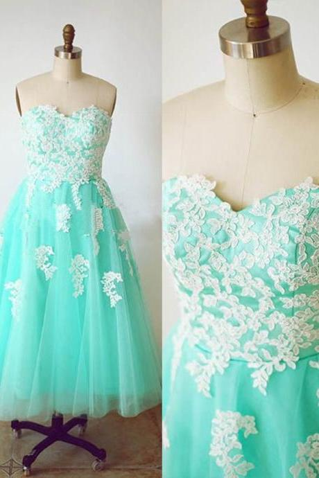 Charming Prom Dress Sweetheart Prom Dress A-Line Prom Dress Appliques Prom Dress Tulle Prom Dress