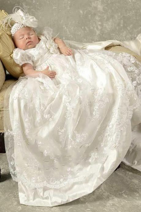 Princess White Lace Baby Christening Dresses Kids Baptism Gowns Short Sleeves Vintage Baby Girls And Boys Christening Gowns 70