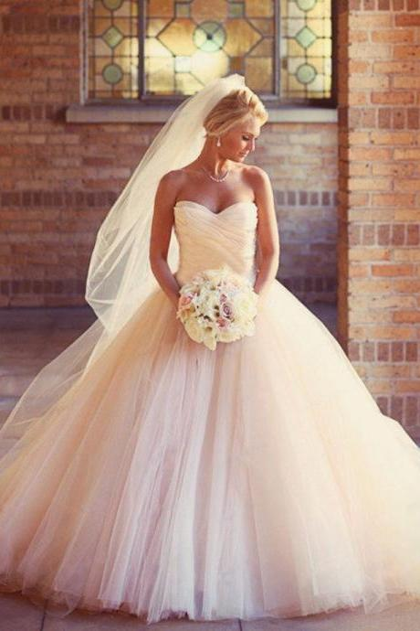 White Ivory or Champagne Wedding Gowns Luxury Sweetheart Bridal Gowns Puffy Wedding Dresses Ball Gown 08