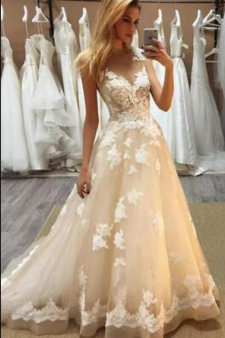 Gorgeous Champagne Lace Floor Length Wedding Dress Robe De Mariage Wedding Dresses A Line Sheer Jewel Neck Appliques Bridal Gowns