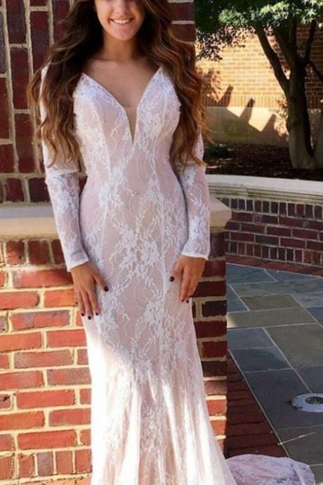 Gorgeous Mermaid V-Neck Long Sleeves Sweep Train Pink Lace Formal Evening Dress