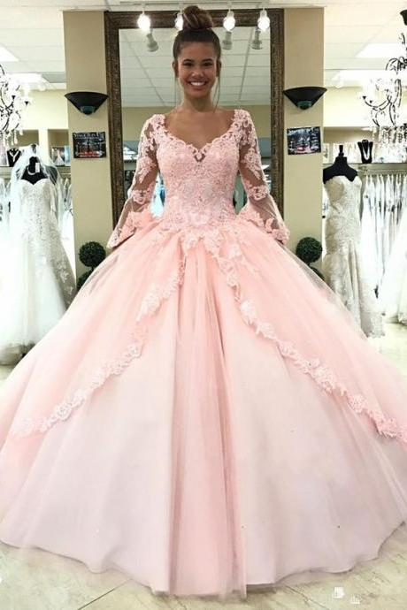 2019 Princess Light Sky Blue Ball Gown Quinceanera Dresses Trumpet Sleeve Sweep Train Appliques Gowns For Sweet 15 Vestidos De 15Anos