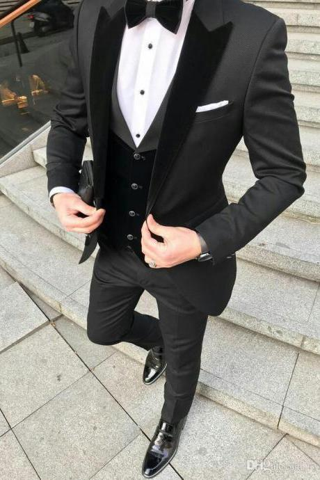 Custom Made Black Groom Tuxedos Men Suits Velevt Peaked Lapel Man Blazer Three-Piece Groomsmen Wear (Coat+Pant+Vest)