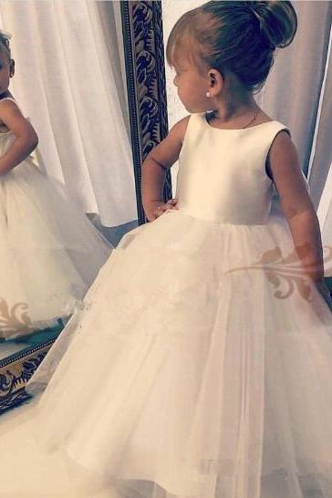 2019 cheap Lovely White flower girl dresses For Wedding boho stain Tulle sweep train zipper Princess Children first holy communion dresses