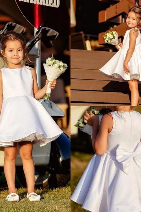 2020 New Cheap Short Puffy Flower Girl Dresses For Weddings Jewel Sleeveless Zipper Back With Bow Girls Pageant Dress Kids Communion Gowns