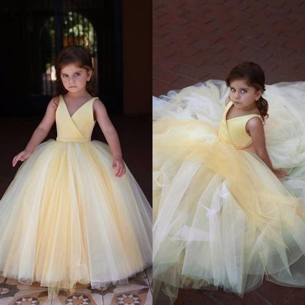 Lovely Yellow Flower Girl Dresses For Wedding 2019 V Neck Pleats Ball Gown Floor Length Modest Girls Pageant Party Gowns Cheap